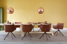 Combo Design is officieel dealer van Label!  ✓Gustav jr. eetkamerstoel makkelijk bestellen ✓ Gratis offerte aanvragen ✓ Altijd de scherpste prijs Dining Chairs, Dining Table, Conference Room, Furniture, Home Decor, Label, News, Google, Image