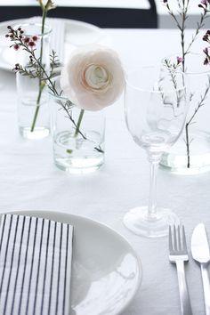 foto © elisabeth heier Min dag, rosa på bordet og