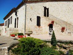 Propriété proche d'Agen avec maison de maître de 210 m² habitable sur parc arboré de 10000 m²  http://partirenimmobilier.fr/vente-maison-de-charme-210-mc-ref-565-1014