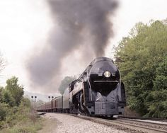 Steam locomotive #611 near Appomattox, VA.  (Photo by Trevor Wrayton, VDOT)