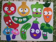 26 ideas fruit drawing for kids activities for 2019 Kids Crafts, Diy And Crafts, Arts And Crafts, Paper Crafts, Diy Paper, Fruit Crafts, Food Crafts, Class Decoration, School Decorations