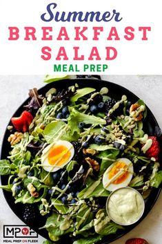 Summer Breakfast Salad Meal Prep - Easy and flavorful breakfast salad packed with mixed greens berries nuts seeds ha. Vegan Meal Prep, Meal Prep Bowls, Easy Meal Prep, Easy Meals, Keto Meal, Vegan Meals, Lunch Recipes, Salad Recipes, Breakfast Recipes