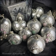 1 million+ Stunning Free Images to Use Anywhere Quilted Ornaments, Clay Ornaments, Christmas Ornaments To Make, Vintage Christmas, Christmas Diy, Christmas Crafts, Christmas Decorations, Mistletoe And Wine, Iron Orchid Designs