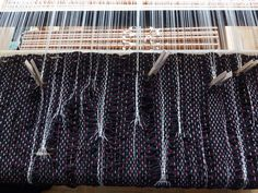 Reedless weaving. Warp lines are created with the help of pegs that push warps together. Loom Weaving, Inventions, The Help, Weaving, Accessories, Loom, Loom Knitting
