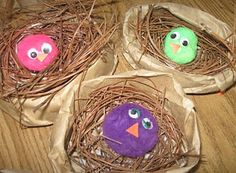 little illuminations: Baby Chicks in a Nest with link to song Bird Nest Craft, Bird Crafts, Bird Nests, Animal Crafts, Spring Theme, Spring Art, Spring Crafts For Kids, Summer Crafts, School Age Activities