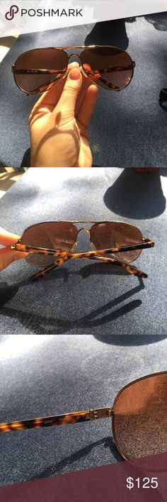 Oakley feedback sunglasses Rose gold aviators with tortoise arms. Selling with the case! Barley worn and no scratches... feel free to make an offer or ask questions :) Oakley Accessories Sunglasses