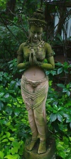 This is so beautiful I'd love to have it in my garden as a peaceful zen place