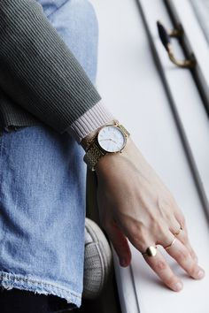 The Upper East Side White - Gold available at www.rosefieldwatches.com  #rosefield #rosefieldwatches #uppereastside #UEScollection #watch #fashion #womenswatch #newyork #amsterdam #nyc
