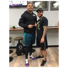 I had the pleasure of meeting Jonathan Anderson from the Chicago Bears ... ... .... #corpuschristi #texas #hometown  #chicago  #chicagobears  #football  #espn  #sports  #bro  #turfsports #tcu