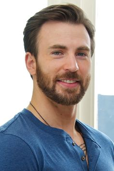 Chris evans chris evans em 2019 крис эванс, капита́н аме́рика e марвел. Chris Roberts, Christopher Evans, Steve Rogers, Capitan America Chris Evans, Chris Evans Captain America, Age Of Ultron, Camilla Belle, Keanu Reeves, San Diego Comic Con