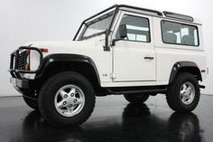#LandRover Defender to pull an Airstream. Freedom to explore and it looks sweet with a ski rack.