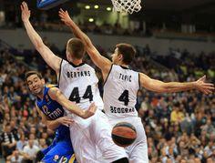 El susto de la jornada en la Summer League: hospitalizado un  jugador del Bilbao (Vídeo)  #baloncesto #basket #basketbol #basquetbol #kiaenzona #equipo #deportes #pasion #competitividad #recuperacion #lucha #esfuerzo #sacrificio #honor #amigos #sentimiento #amor #pelota #cancha #publico #aficion #pasion #vida #estadisticas #basketfem #nba