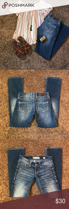 """👖Super Cute Bella BKE Jeans👖 These are so cutieeeee on the booty!  Always got lots of compliments when I wore them, partly why BLE Stella's are my absolute fav!!!  Worn probably ten times and still in good condition!  30"""" inseam. BKE Jeans Boot Cut"""