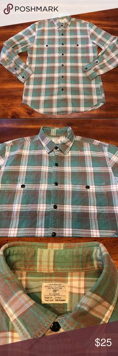 J. Crew Men Flannel Button up Size Large J. Crew Men Flannel Button up Size Large In Great Used Condition J. Crew Shirts Casual Button Down Shirts