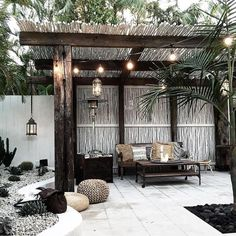 There are lots of pergola designs for you to choose from. You can choose the design based on various factors. First of all you have to decide where you are going to have your pergola and how much shade you want. Patio Pergola, Backyard Patio, Cheap Pergola, Patio Seating, Timber Pergola, Pergola Canopy, Wooden Pergola, Patio Design, Garden Design