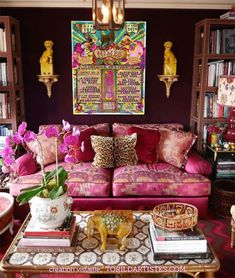 Home Interior Design And Makeover Tips Estilo Kitsch, Living Room Designs, Living Room Decor, Deco Rose, Pink Furniture, Furniture Design, Colourful Living Room, Pink Sofa, World Of Interiors