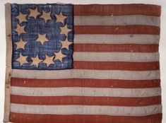 1777 Cowpens Flag. According to some sources, this flag was first used in 1777. It was used by the Third Maryland Regiment. There was no official pattern for how the stars were to be arranged. The flag was carried at the Battle of Cowpens, which took place on January 17, 1781, in South Carolina. The actual flag from that battle hangs in the Maryland State House.