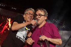 """Los Enanitos Verdes fueron ovacionados en la última noche de Vendimia   En su última repetición de la Fiesta de la Vendimia 2016, el anfiteatro Frank Romero Day tenía como banda de lujo a los coterráneos """"Los Enanito... http://sientemendoza.com/2016/03/10/los-enanitos-verdes-fueron-ovacionados-en-la-ultima-noche-de-vendimia/"""