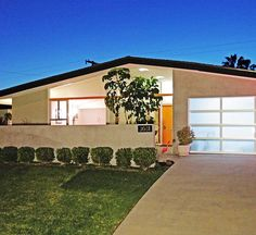 Burbank Mid-Century Modern Home....lol! so many homes still look like this there