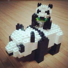 #nanoblock #panda #ナノブロック #パンダ  #早く寝るつもりだったのに  #子パンダ #細かい #私の指  #太い #力入りすぎて #ブロック #飛び散る  #でも #細かい作業 #嫌いじゃない