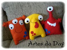 monstrinhos de feltro - Pesquisa Google Sewing Toys, Sewing Crafts, Sewing Projects, Creation Deco, Creation Couture, Sock Dolls, Doll Toys, Baby Crafts, Felt Crafts