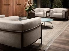 The result of the collaboration with Chiara Andreatti, the comfortable and inviting Taiki armchair reinterprets classic forms in a contemporary Heat Treating, Wooden Frames, Contemporary Design, Ottoman, Armchair, Upholstery, Relax, Table, Design Shop