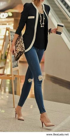 Really like this blazer with the ripped jeans and heels.