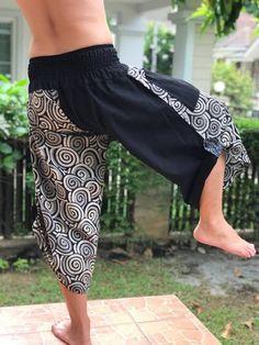 samurai pants - Google Search Samurai Pants, Thai Pants, Lifestyle Clothing, Yoga Harem Pants, Cotton Pants, Very Lovely, Hippie Pants, Casual Pants, Rock Climbing