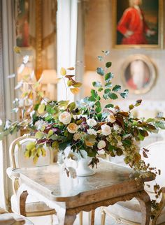 Gardening Autumn - peach-centerpiece-ideas - With the arrival of rains and falling temperatures autumn is a perfect opportunity to make new plantations Wedding Table Centerpieces, Centerpiece Decorations, Floral Centerpieces, Floral Arrangements, Flower Centrepieces, Irish Wedding, Autumn Wedding, Burgundy Wedding, Fall Flowers