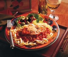 Serve this traditional Italian favorite with warm crusty bread and freshly grated Parmesan cheese.Chicken Cacciatore