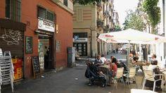 Poble Sec, otro barrio atrapado en el éxito turístico de Barcelona / @LaVanguardia | #BCN #turisticario