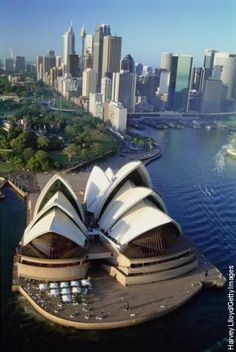 Awesom Picture of Sydney, Australia with the Opera House at the bottom of the picture ~