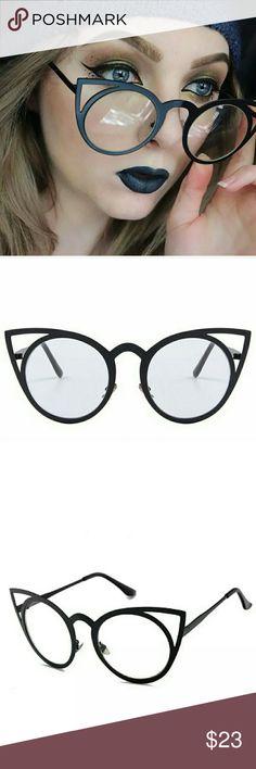 d4741a27fc 🆕Nova Cat Eye Frames New Retro Oversized Black and Clear Cat Eye Glasses.  Exclusive
