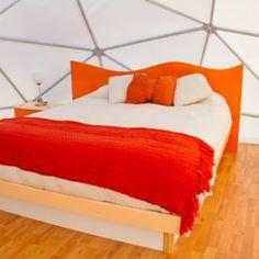 Punta de Choros renueva su rostro con nuestros domos de última generación. La mejor forma de acampar al aire libre y disfrutar de la naturaleza, pero con los detalles de un buen hotel. Cada carpa d…