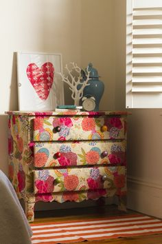 gorgeous chest of drawers!