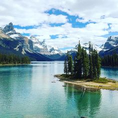 Pin for Later: These 20 Lakes Are So Spectacular They Can't Be Real Life Maligne Lake, Alberta, Canada