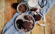 Hot Chocolate Cookies: Knusprige Schokowolke Sieben