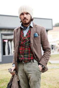 all I want to see is an ax and this would be the perfect lumberjack/anti-lumberjack fashion statement