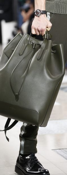 300bd2111ae Fall 2016 Menswear Louis Vuitton - EE Mens Fall
