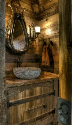 Marvelous Beautiful rustic cabin powder room – Land's End Development – Get a load of mirror. The post Beautiful rustic cabin powder room – Land's End Development – Get a load of m . Rustic Bathroom Sinks, Rustic Bathroom Designs, Bathroom Ideas, Vanity Bathroom, Small Bathroom, Primitive Bathrooms, Log Cabin Bathrooms, Western Bathrooms, Basement Bathroom