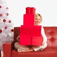 by Barb Girson Tags: Upsell, Add-on sales, Cross Selling, Direct Sales Tips, Home Party Plan Sales, Customer appreciation, holiday selling tips, increase holiday sales, strategies to increase sales, Home-based business tips, Sales Training Customers appreciate when you do some of the thinking for them. These hot holiday selling tips work only when you have a …