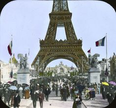 Below is some very rare and interesting photo Views of Eiffel Tower, I am sure you will enjoy these strange photos of Eifel Tower. Paris 1900, Old Paris, Paris France, Eiffel Tower Tour, Eiffel Tower Photography, Paris Vintage, Gustave Eiffel, Strange Photos, World's Fair
