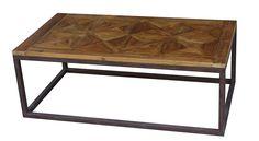 Tøft Raffles sofabord i resirkulert furu og jern. Bordet er produsert i resirkulert furu så sprekker, skjevheter og tegn på treverkets tidligere liv er en naturlig og bevisst del av