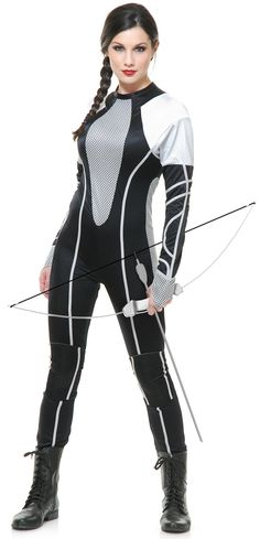 Katniss Hunger Games Halloween Costumes for Teens (hippie halloween college) The Hunger Games Halloween, Halloween Costumes For Teens, Adult Costumes, Costumes For Women, Cosplay Costumes, Halloween Ideas, Costume Halloween, Halloween Party, Halloween College