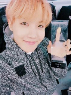 BTS Twitter J-HOPE 161119 「2016 MelOn MUSIC AWARDSBTS」Best Album賞♡