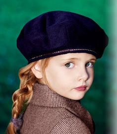a French beret for girls, so chic!  Find matching classic children shoes at www.menthe-et-grenadine.com