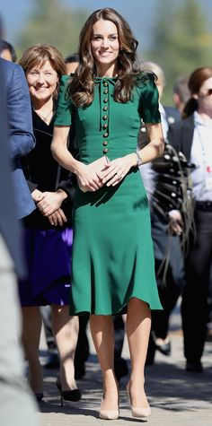 Middleton continued her tour of Canada in a jade Dolce & Gabbana dress.