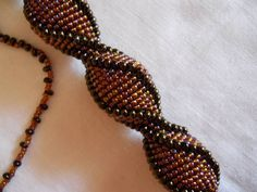 Tutoria tubular crochet - detailed tute but need to be comfortable increasing and decreasing.  Not for beginners. (Translate) #Seed #Bead #Tutorials