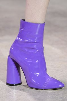Ellery at Paris Fashion Week Fall 2017 - Details Runway Photos (these remind me a lot of Daphne Blake's boots)