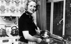 Margaret Thatcher posing in the kitchen of her Chelsea home in London in February 1975. Photo: AFP